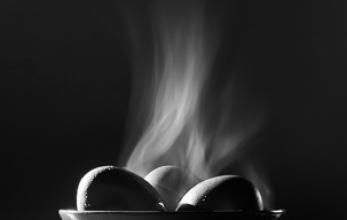 AGR01391 Three Steaming Eggs 481 2