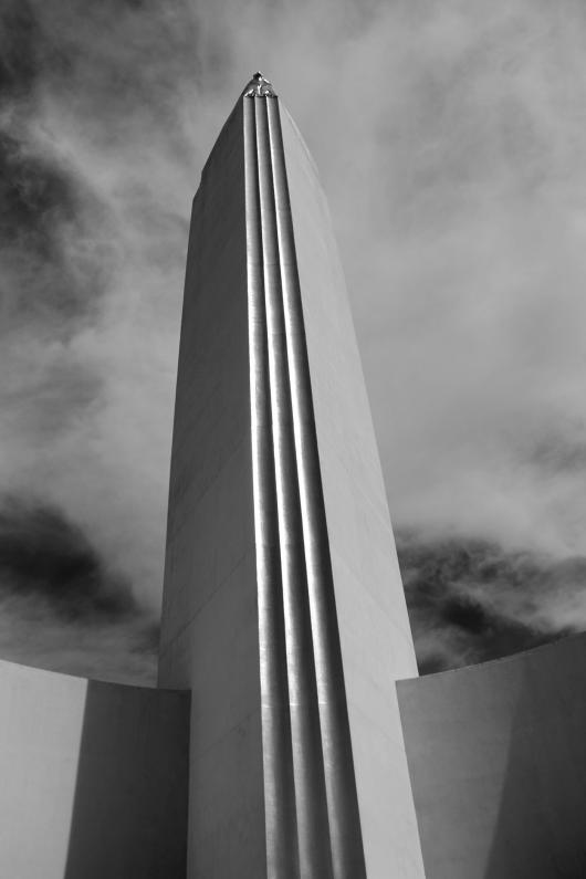 Collins_Mark_2Obelisk